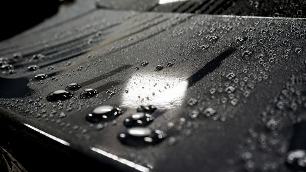 نانو آبگریز بدنه و لاستیک خودرو